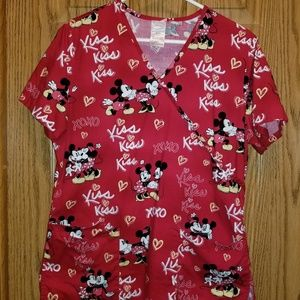 Mickey and Minnie scrub top sz small